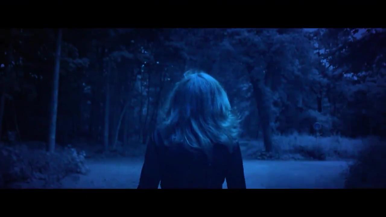 """Premier extrait du clip """"L'Âme dans l'eau"""""""